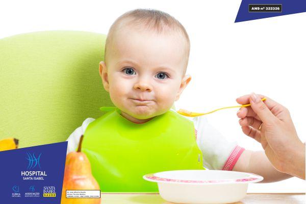 A introdução de novos alimentos aos bebês